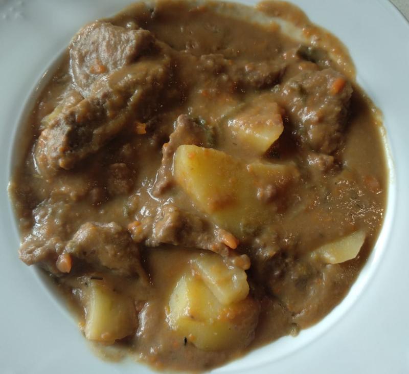 Patatas guisadas con ternera y miel - Cocción lenta (TM6)