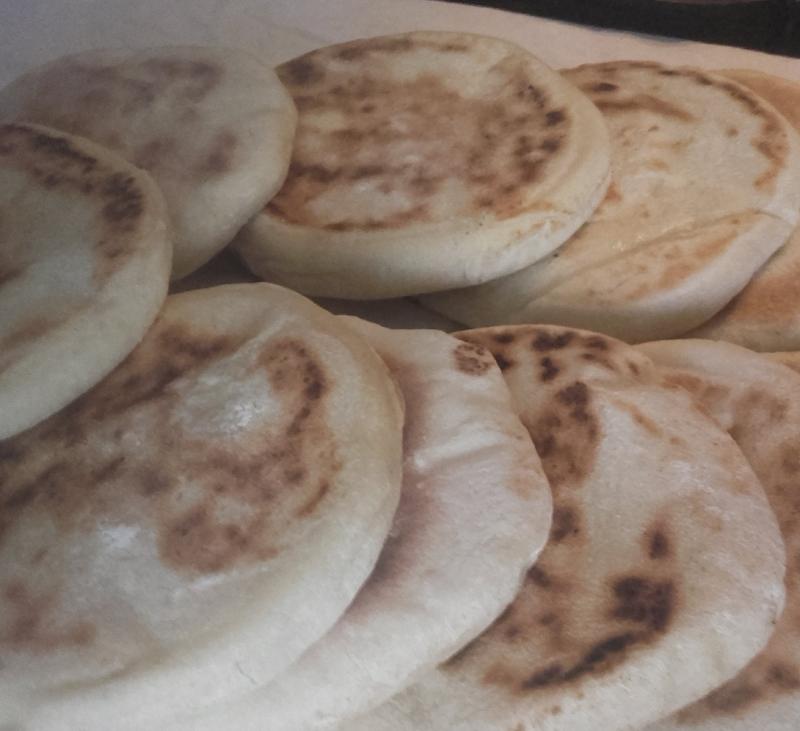 Pan árabe en sartén (Batbut)