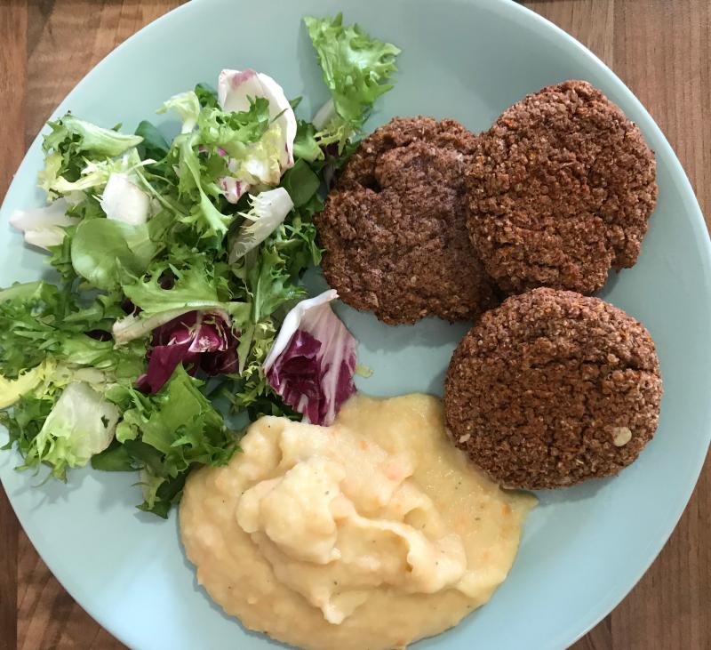 Hamburguesas de quinoa y legumbres