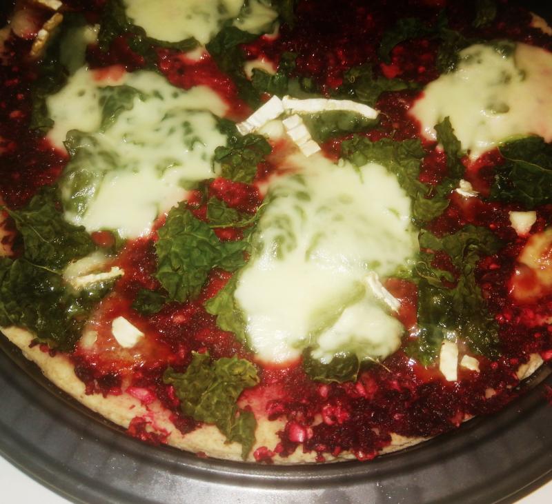 Pizza de remolacha y kale en Thermomix®