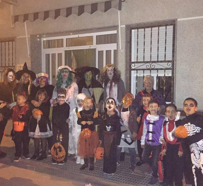 SE ACERCA LA NOCHE..... DE Halloween