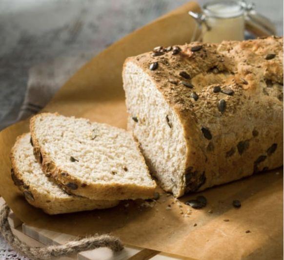 Pan con kefir, harina integral y semillas con Thermomix®