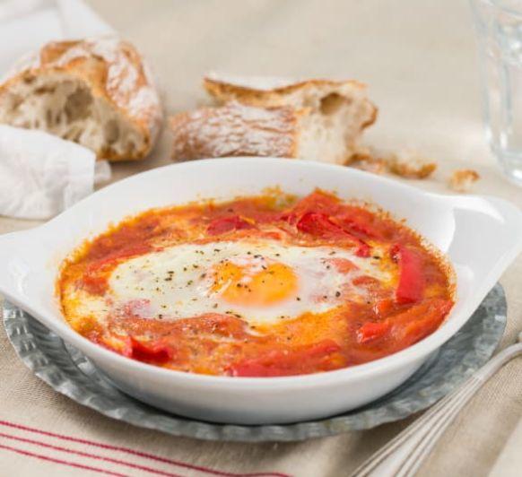 Como hacer huevos con salsa de tomate y pimiento rojo con Thermomix®