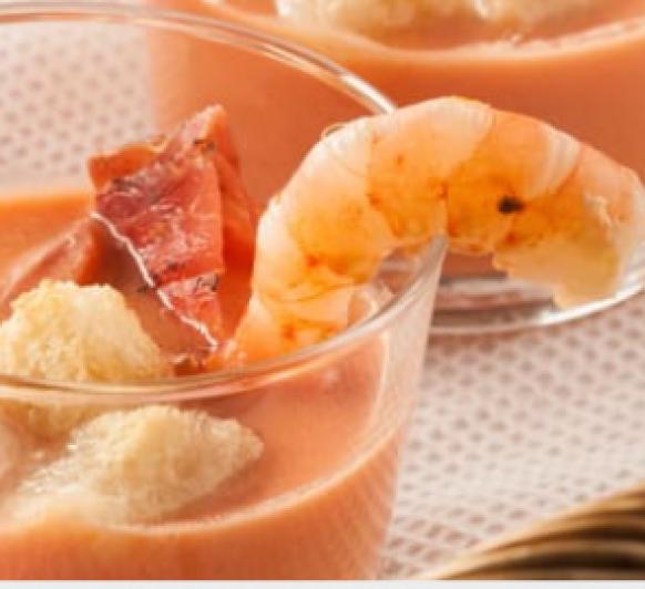 Sopa fría de tomates y gambas con Thermomix®
