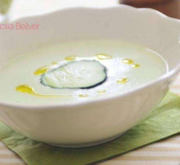 Crema fría de pepino y yogur
