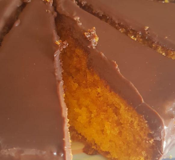 Bizcocho de Zanahoria con cobertura opcional by MONTSE CON Thermomix®
