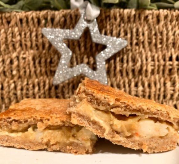 Empanada de langostinos, queso crema y cebolla confitada con Thermomix® y TM6 0%