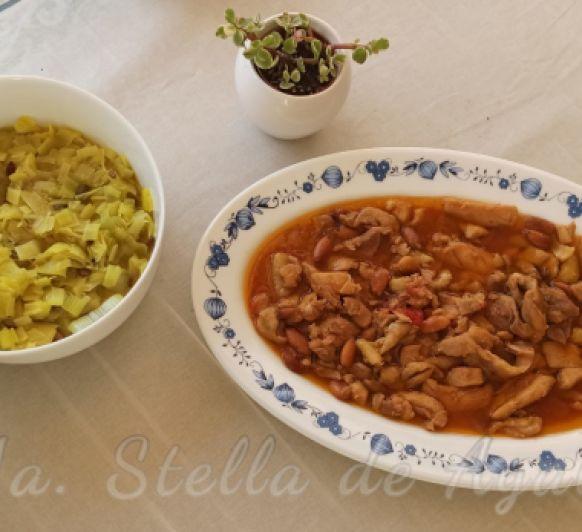 Menú Sin Gluten de Puerros salteados con cúrcuma, pimienta y semillas de calabaza y Pollo con almendras