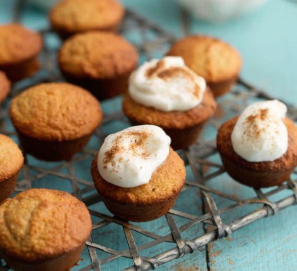 Mini cupcakes Paleo de harina de coco (sin gluten)