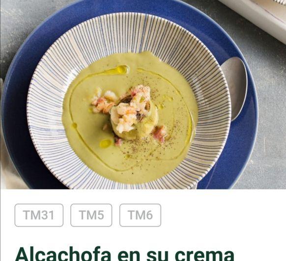 Alcachofas en su crema con gambas y jamon